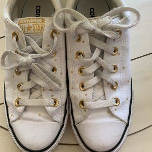 Converse White with gold stars VGUC  youth sz 2